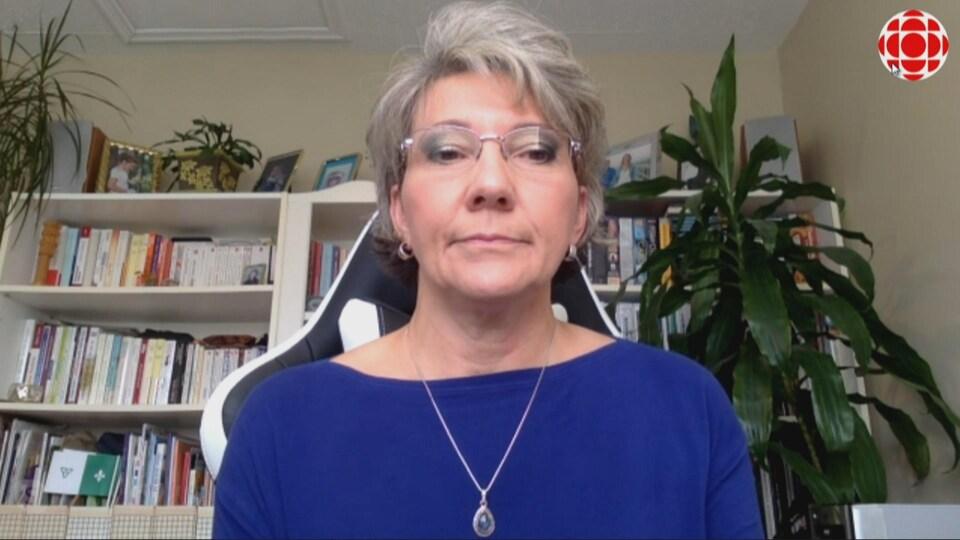 Anne Vinet-Roy accorde une entrevue par téléconférence.