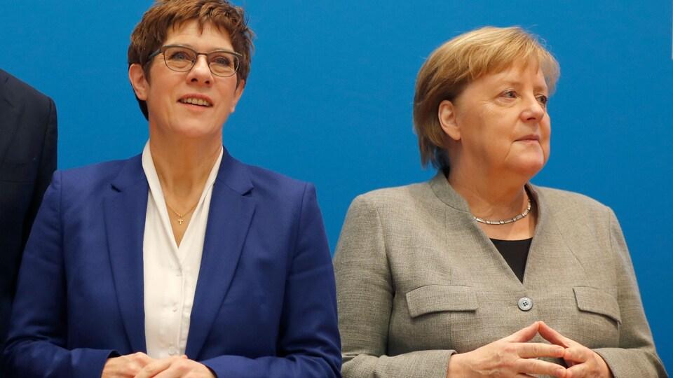 Annegret Kramp-Karrenbauer et Angela Merkel.