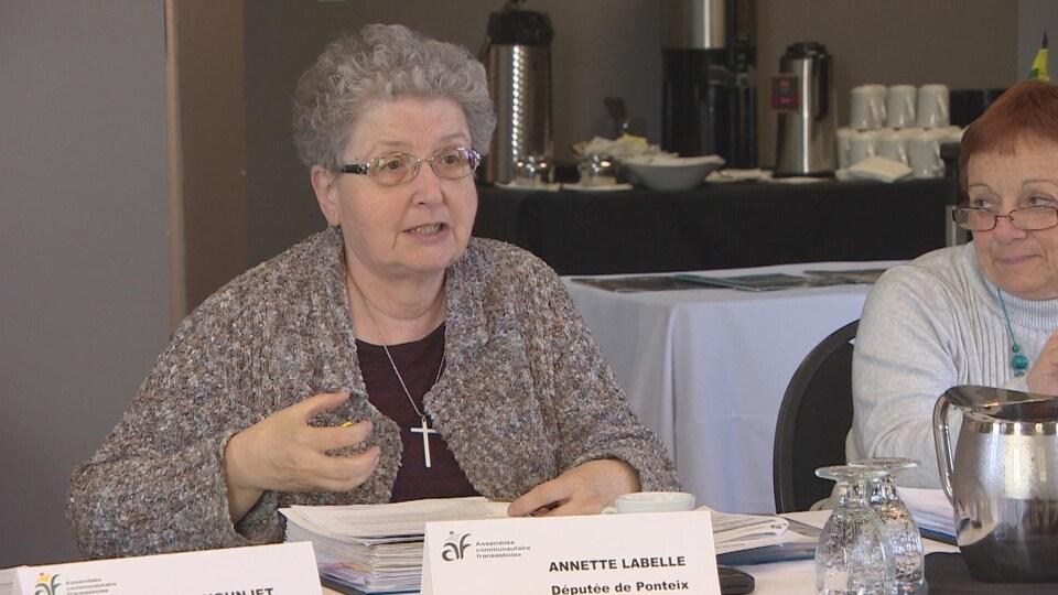 Annette Labelle lors de l'Assemblée des députés communautaires du 13 avril 2018.