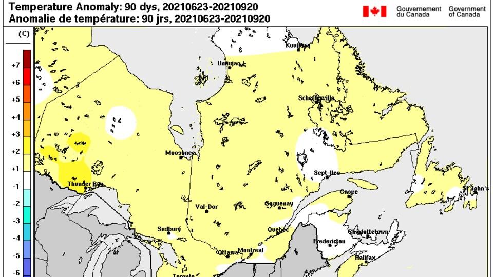Carte des anomalies de températures au Québec précisant que l'été a été plus chaud pour la Capitale-Nationale.