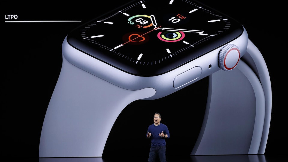 Stan Ng présente l'Apple Watch Series 5.