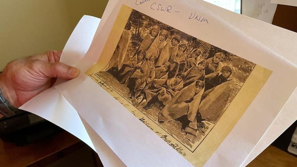 Une impression d'une photographie d'archives de pensionnaires.