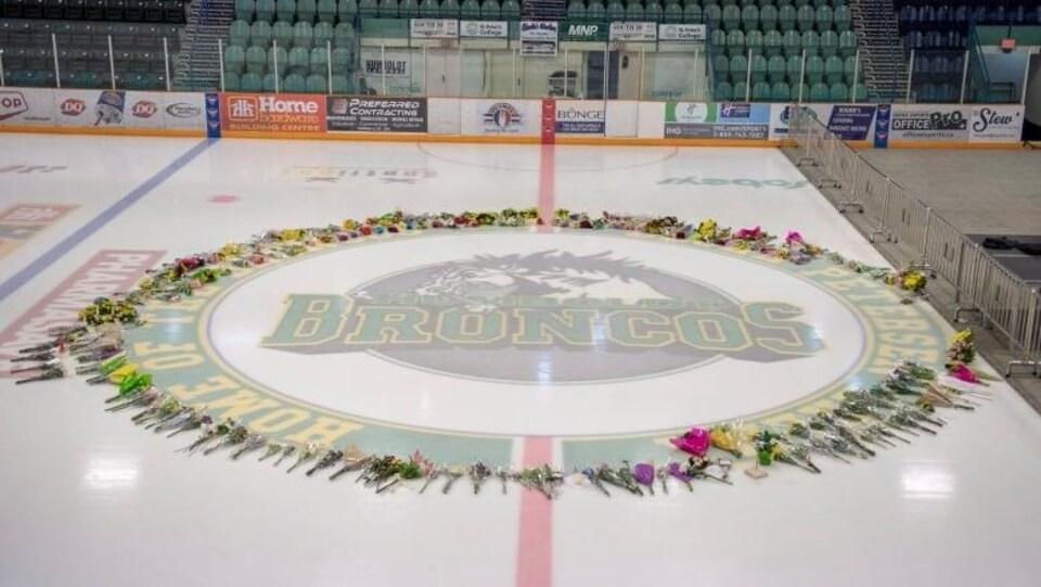La Ville de Humbolt souhaite que toutes les personnes qui ont été touchées par cette tragédie puissent assister à la cérémonie.