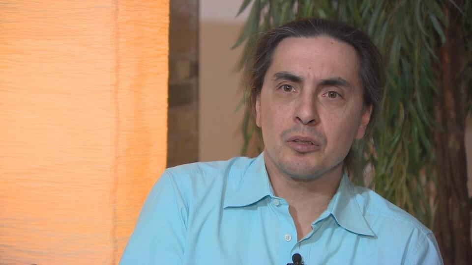 Arlen Dumas le chef de la Première nation Mathias Colomb en entrevue.