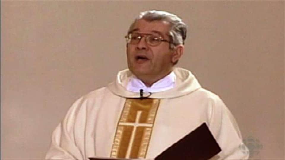 Yvon Arsenault dans une église