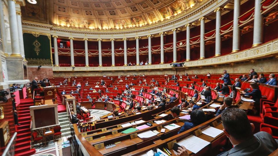 À l'Assemblée nationale, les députés français débattent du projet de loi de moralisation de la vie politique, le 28 juillet 2017.