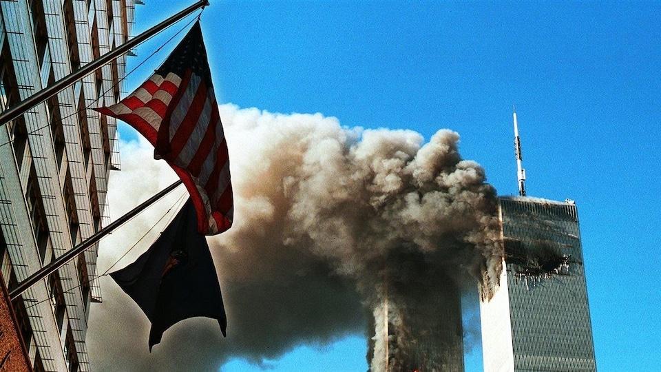 Les tours du World Trade Center après les attentats du 11 septembre 2001, à New York
