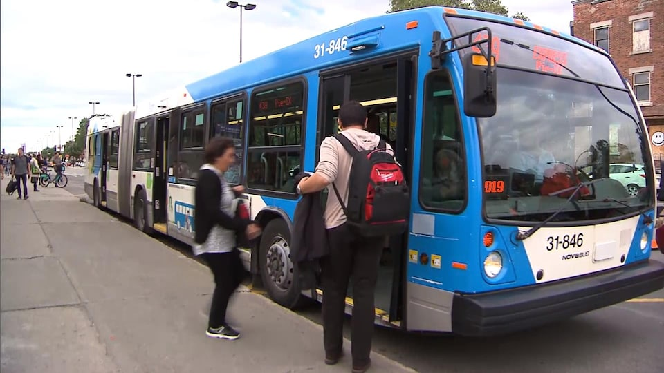 Autobus de la STM.