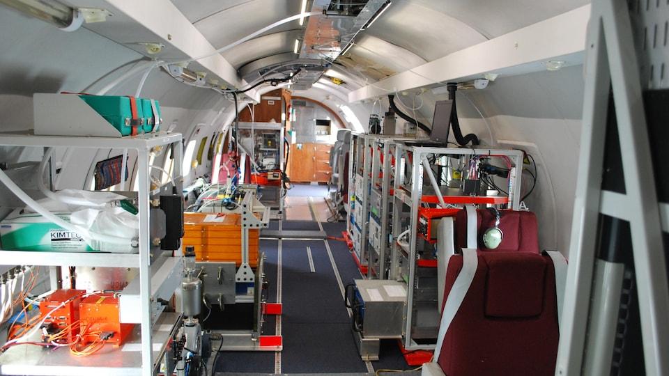 L'intérieur de l'avion qui a fait l'inventaire des émissions polluantes au-dessus des sables bitumineux de l'Alberta.