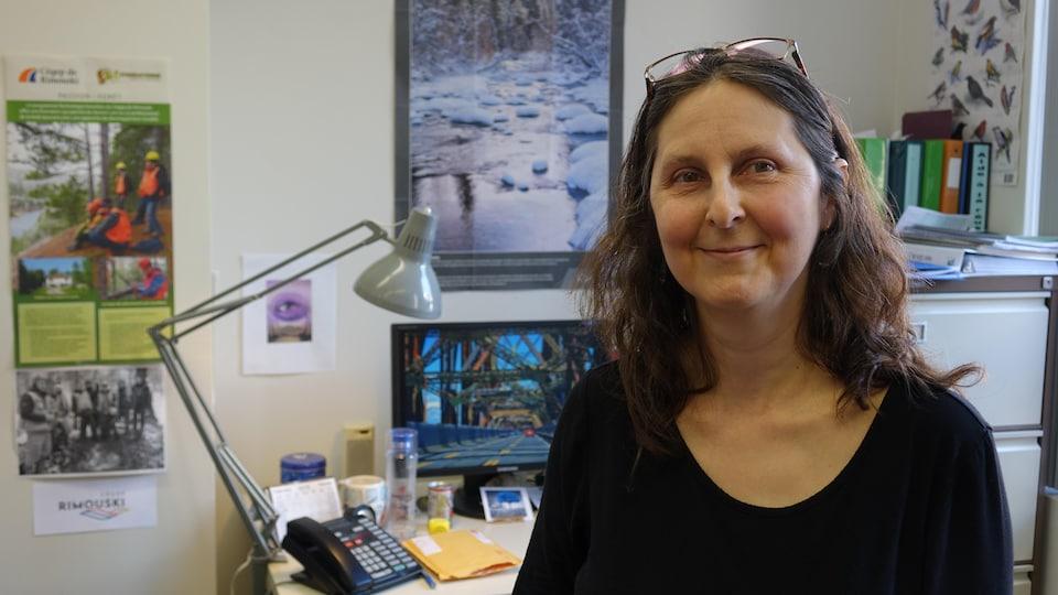 Barbara Hébert, professeure de foresterie au Cégep de Rimouski.
