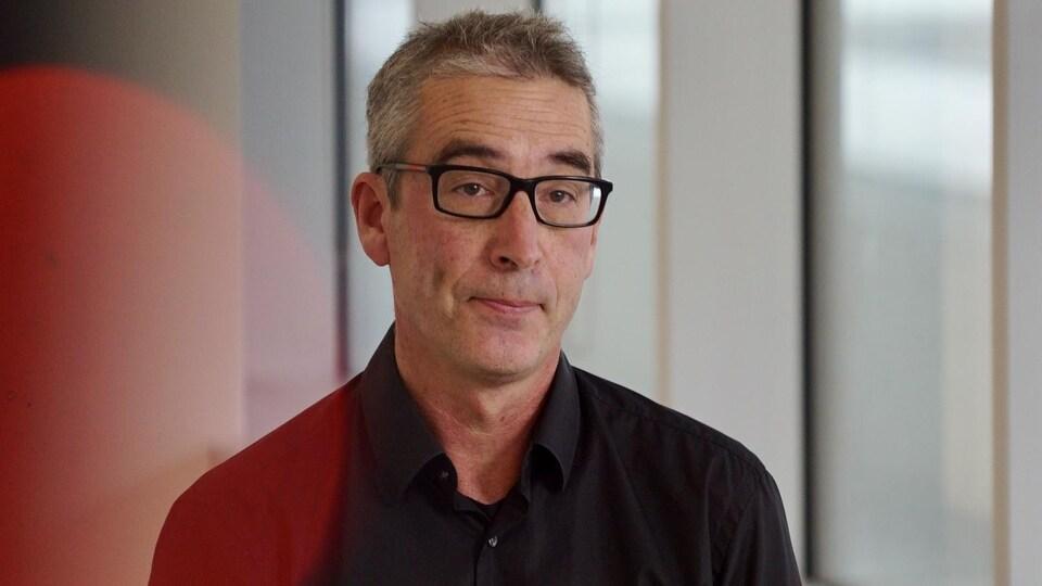 Photo de Benoît Mâsse prise lors d'un tournage de Découverte.