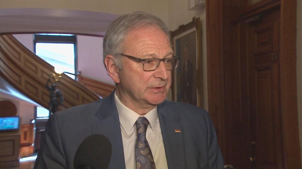 Blaine Higgs, le premier ministre du Nouveau-Brunswick, en entrevue à l'Assemblée législative à Fredericton.