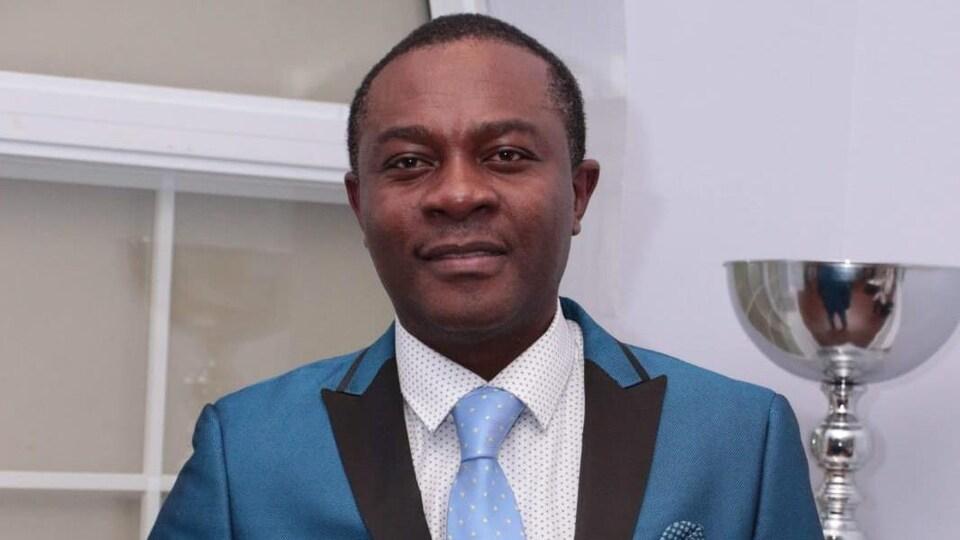 Blaise Tchuisseu, enseignant au conseil scolaire Viamonde, militant politique et humanitaire