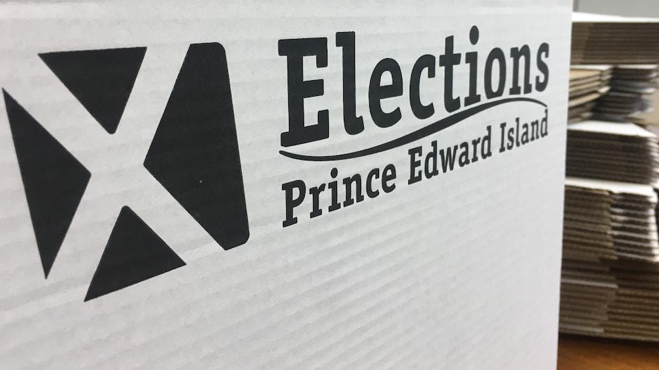 Une boîte de scrutin d'Élections Île-du-Prince-Édouard.