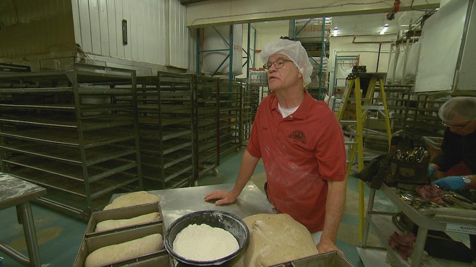 Gaston Faucher, maître boulanger, boulangerie St-Méthode
