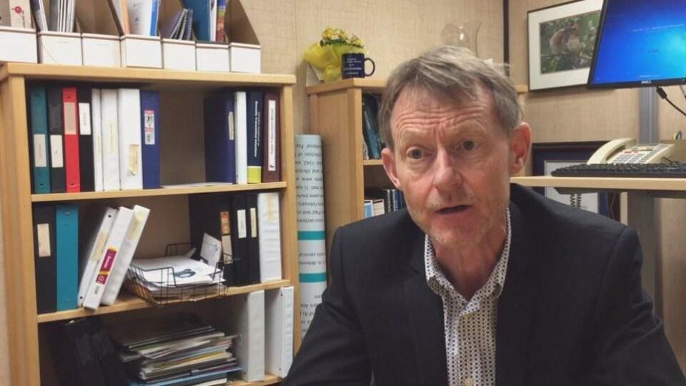 Brendan Hanley, le médecin hygiéniste en chef du Yukon