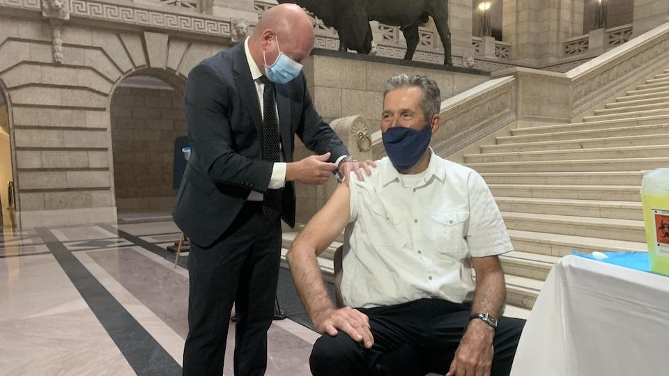 Brent Roussin vaccine Brian Pallister