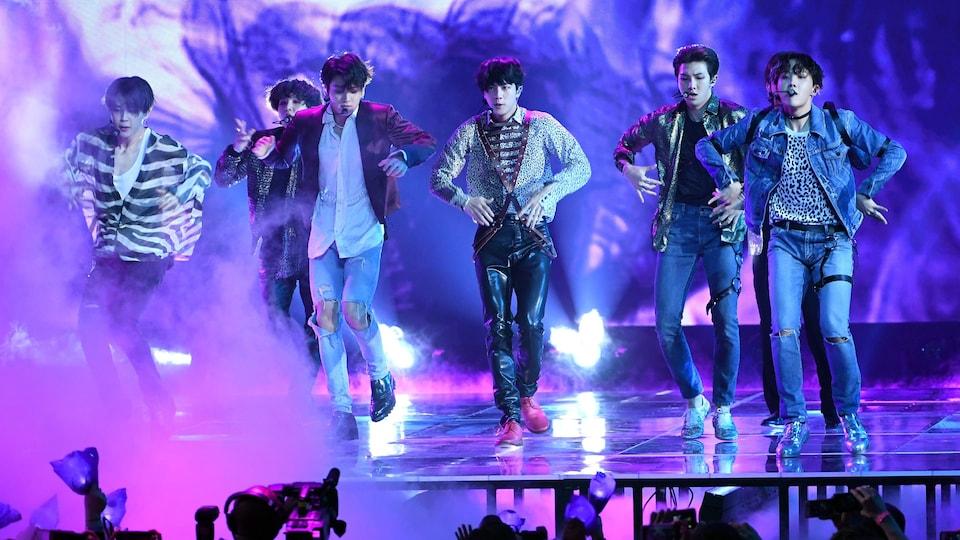 Le groupe de pop coréenne BTS a livré une prestation lors des prix Billboards, le 20 mai 2018.