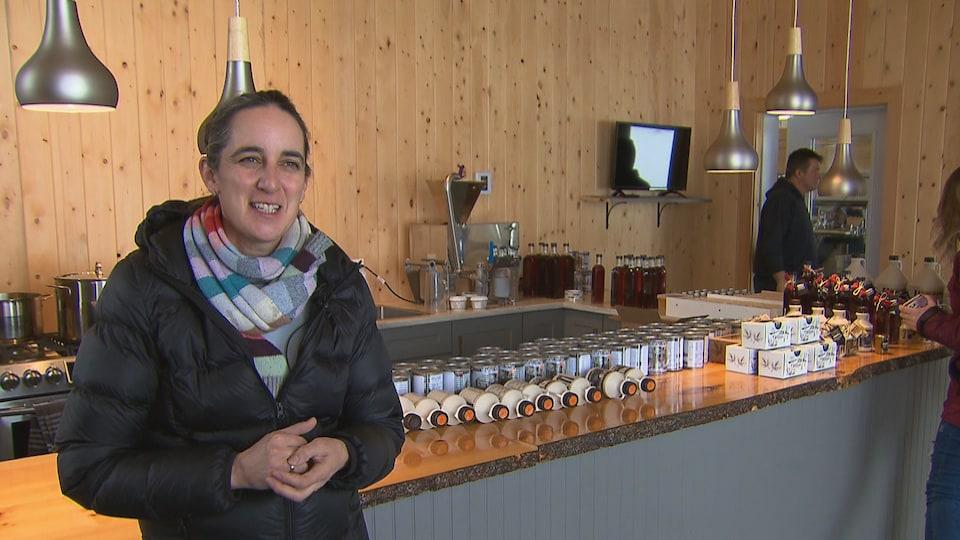 La propriétaire de l'érablière Côté Sucré, Christine Côté
