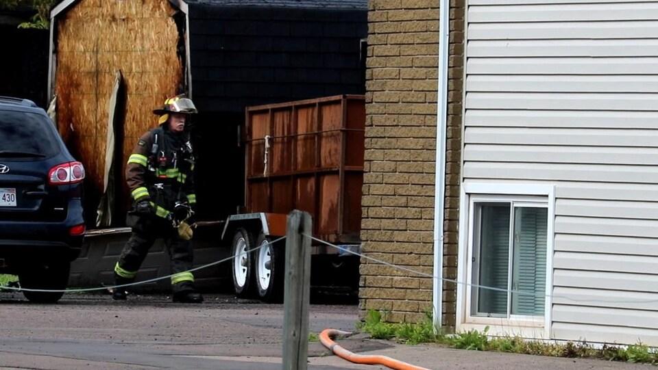 Un cabanon a été endommagé lors du premier incendie.