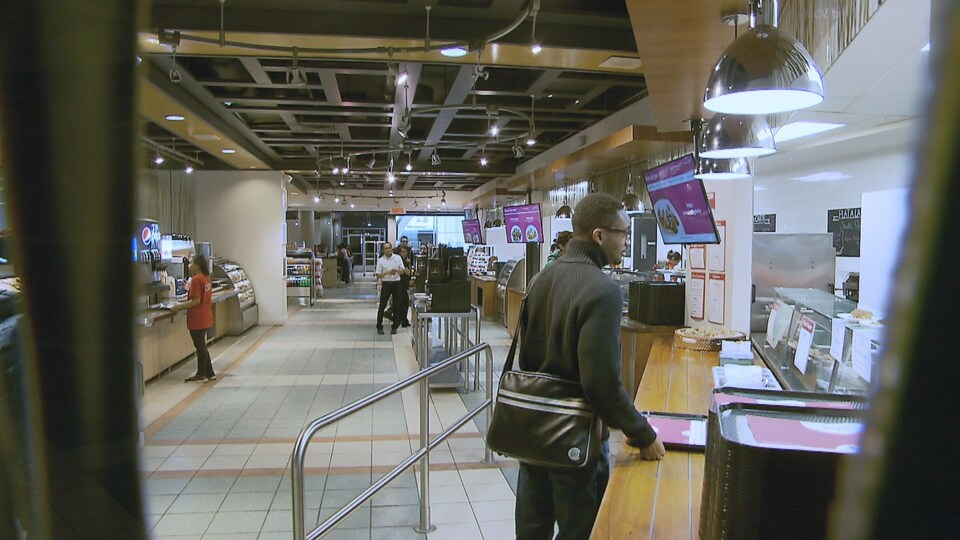 La cafétéria Saveurs Campus du pavillon Alphonse-Desjardins.