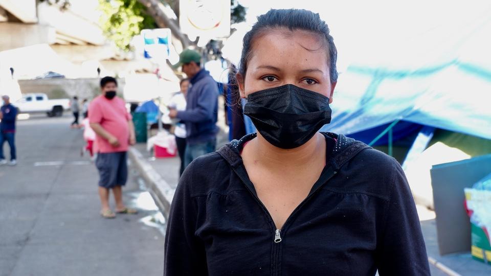 Anna, originaire du Honduras, dans le camp de migrants à Tijuana.