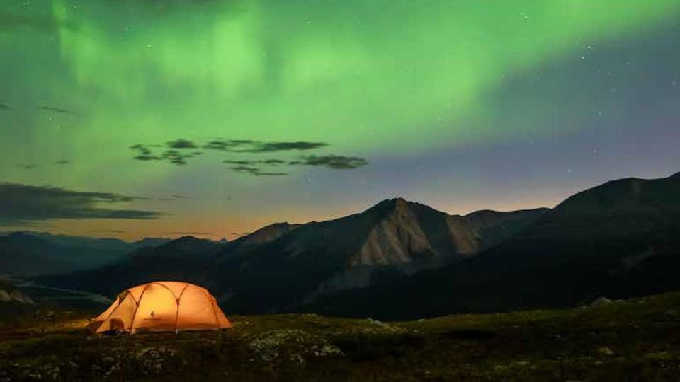 Le parc provincial Stone Mountain dans le nord des Rocheuses en Colombie-Britannique.