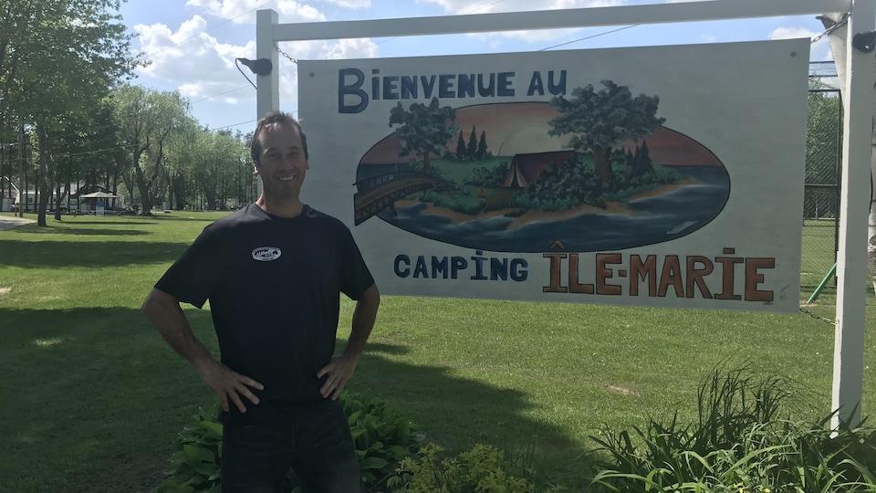 Éric Roger, propriétaire du Camping de l'Ile-Marie, à Sherbrooke.