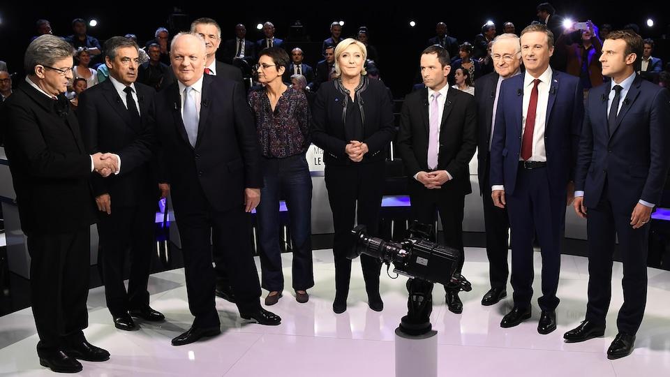 (De g. à dr.) Jean-Luc Mélenchon, Francois Fillon, Francois Asselineau, Jean Lassalle, Nathalie Arthaud, Marine Le Pen, Benoit Hamon, Jacques Cheminade, Nicolas Dupont-Aignan et Emmanuel Macron