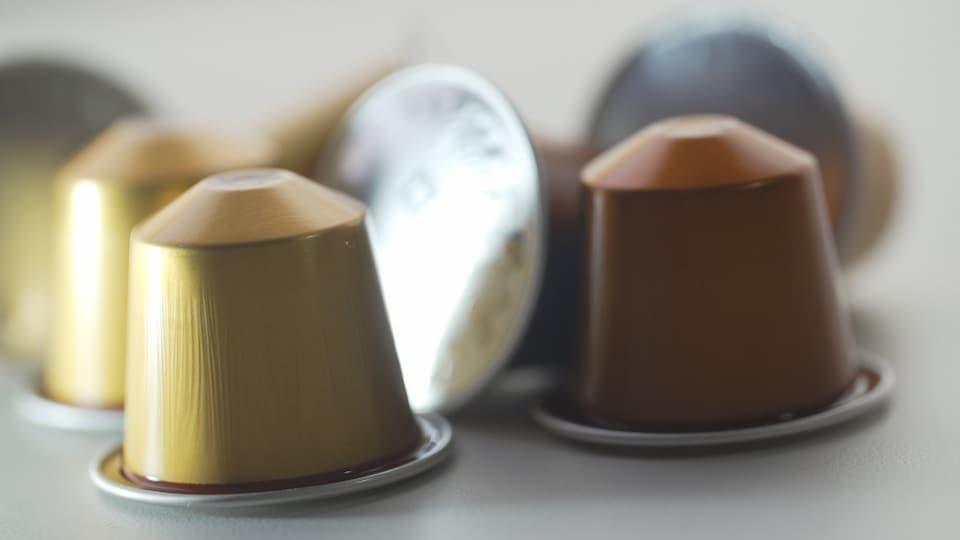Des capsules à café Nespresso.
