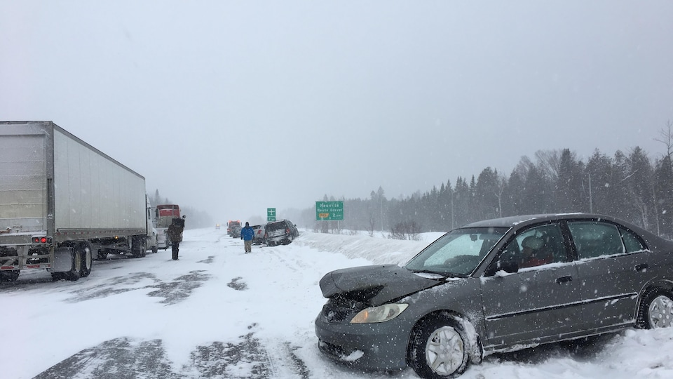 Un carambolage sur l'autoroute 40 près de Québec, le 15 février 2019