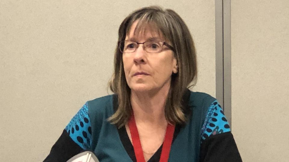La docteure Carol McConnery lors d'un point de presse.