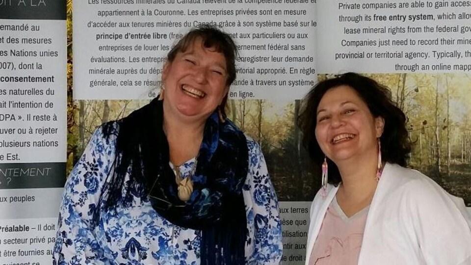 Carole Brazeau et Monique Manatch, deux Algonquines engagées  témoignent des discriminations que subissent les femmes autochtones dans les régions minières.
