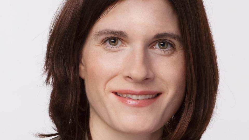 Caroline Roy, directrice adjointe à la pratique infirmière avancée et aux relations avec les partenaires pour l'OIIQ