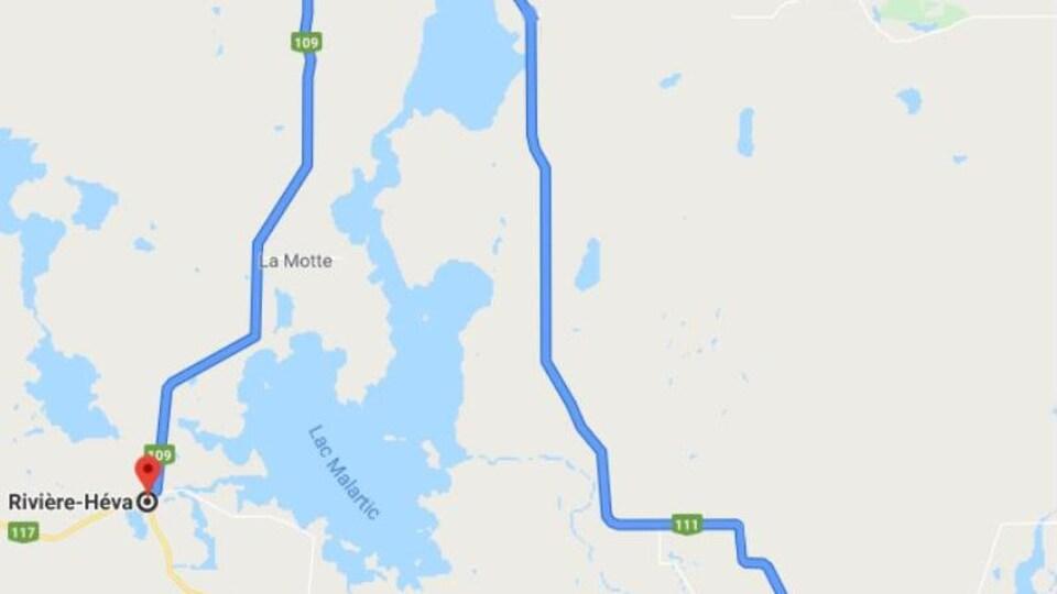 Une carte montrant un détour entre Rivière-Héva et Val-d'Or.
