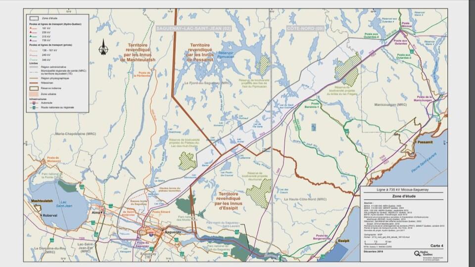 Une carte présente le tracé de la future ligne de transmission hydro-électrique.