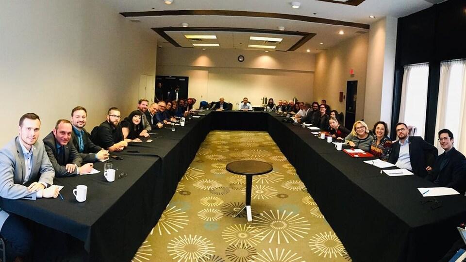 Le premier caucus du Bloc québécois après le scrutin du 21 octobre.