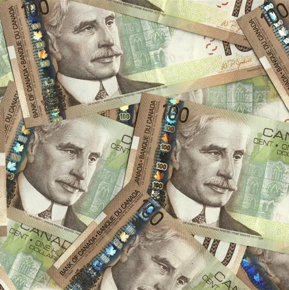 Des billets de 100 $ canadiens