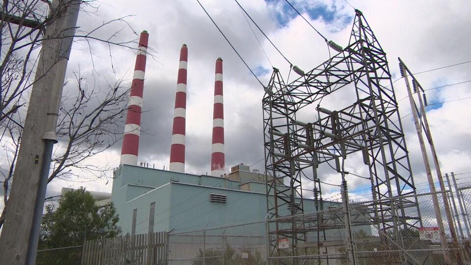 Une centrale hydroélectrique en Nouvelle-Écosse.