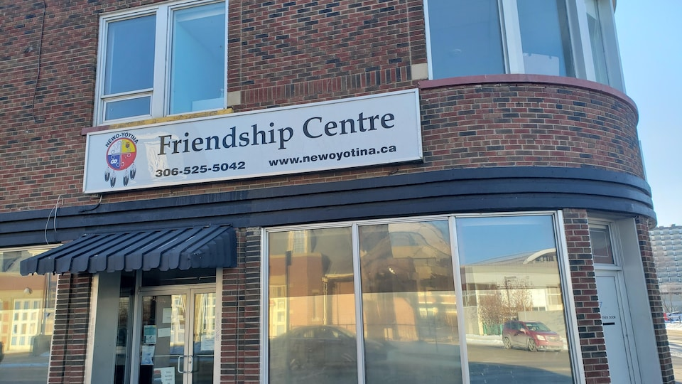 La devanture du Centre d'amitié à Regina.