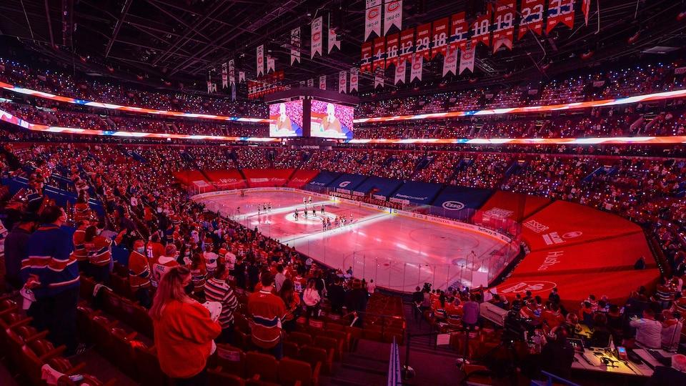 Le Centre Bell a accueilli 3500 partisans pour le match numéro 3 entre le Canadien de Montréal et les Golden Knights de Vegas.