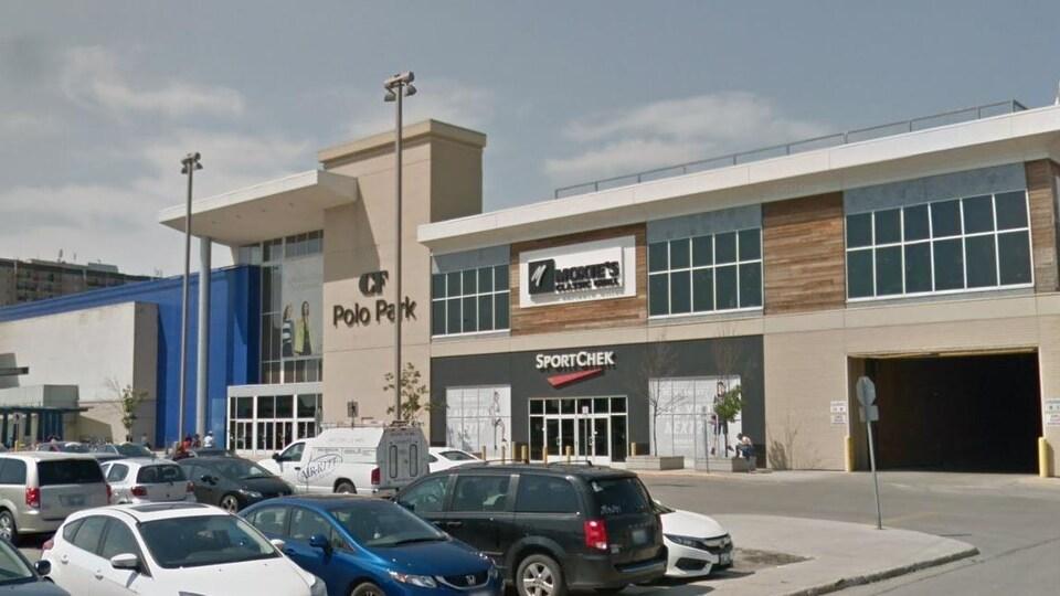 Le  centre commercial Polo Park à Winnipeg