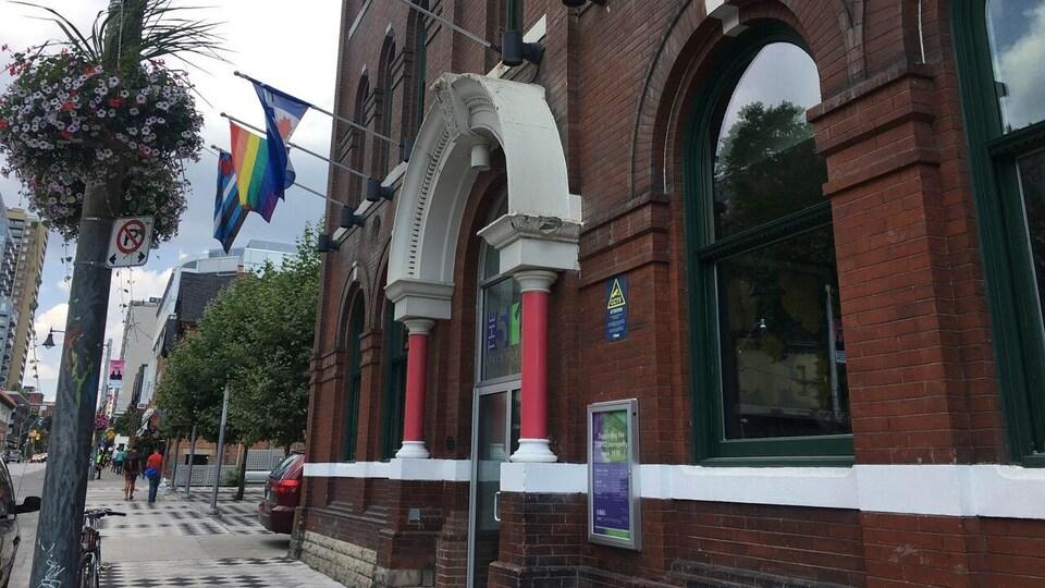 Le centre communautaire The 519, dans le quartier gai de Toronto.