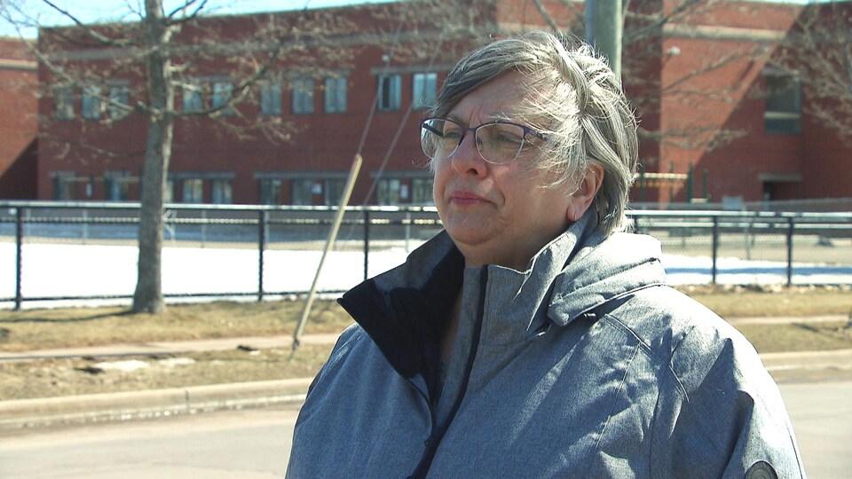 Chantal Varin, directrice générale de l'Association des parents francophones du Nouveau-Brunswick durant une entrevue de Radio-Canada.