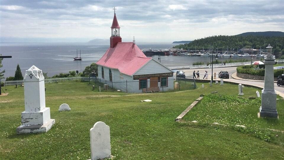 La petite chapelle de Tadoussac est fermée pour une durée indéterminée.