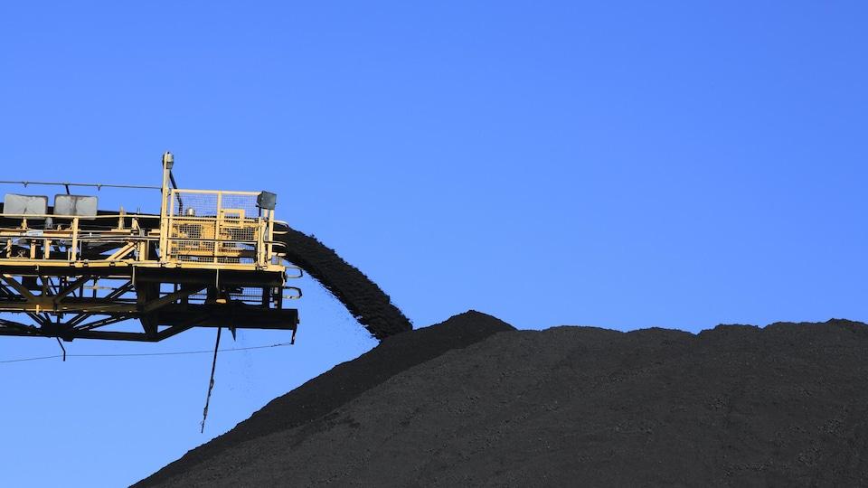 Un tas de charbon.