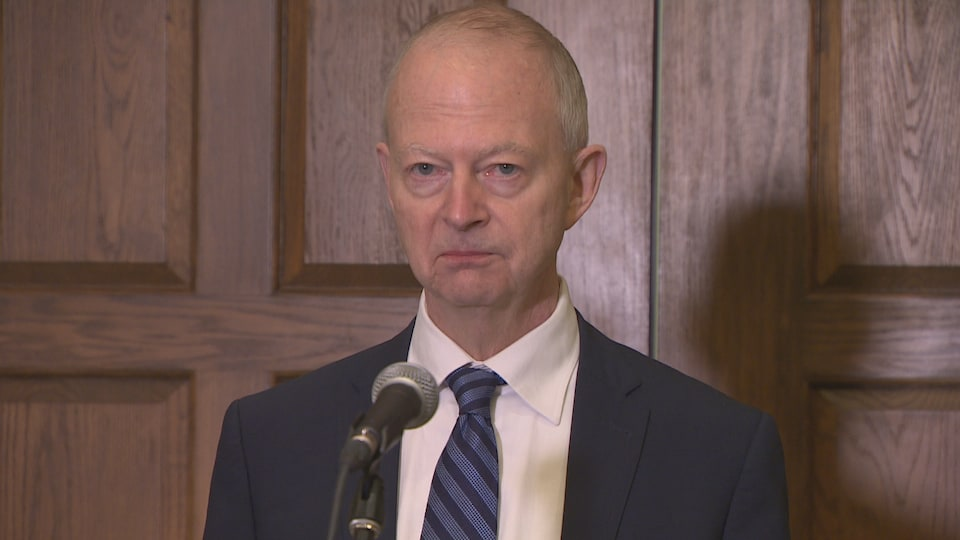 Ches Crosbie.