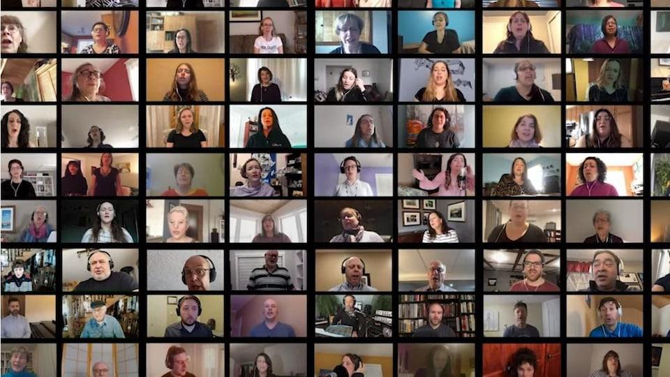 Un montage d'une multitude de visages de personnes qui chantent.