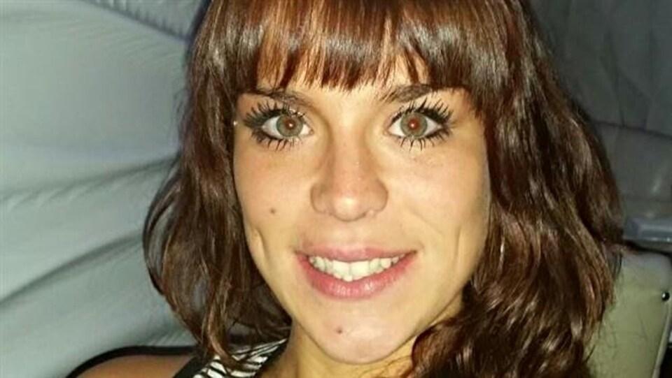 Le visage d'une femme.