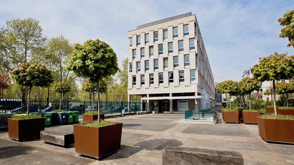 La bâtiment de la Cité des arts à Paris.